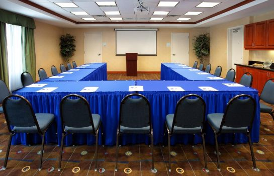 Sala konferencyjna Holiday Inn Express & Suites BATON ROUGE EAST