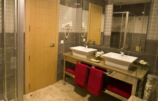 Cuarto de baño Holiday World Premium Resort