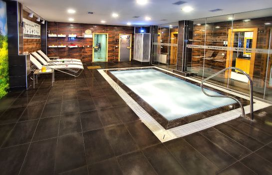 Whirlpool Parkhouse Hotel & Spa
