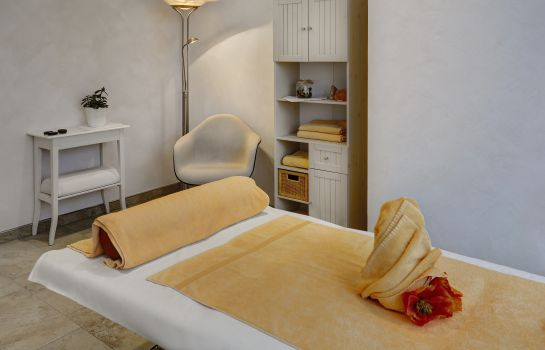 Massage room Cup Vitalis Parkhotel