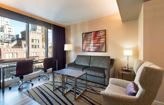 Zimmer West 57th Street by Hilton Club