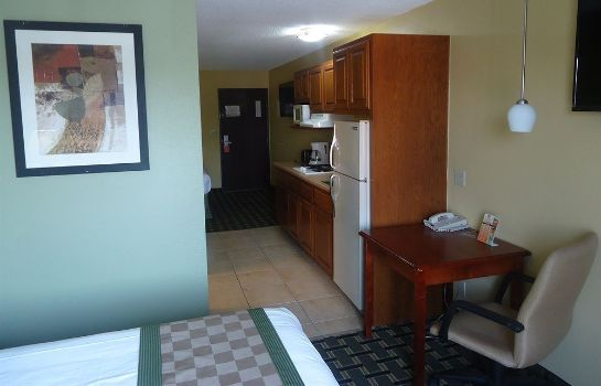 Suite Town House Extended Stay Hotel Downtown