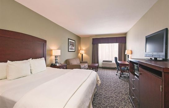 Zimmer La Quinta Inn Ste Ft Worth NE Mall