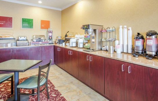Restaurant Comfort Inn Blackshear