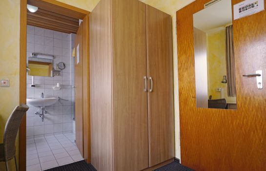 Single room (standard) Rangau Hotel & Pension