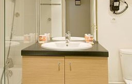 Bagno in camera Residhome Asnieres Apparthotel