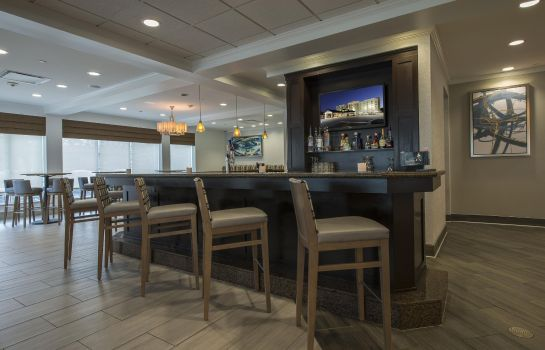 Bar del hotel Hilton Garden Inn Atlanta Airport North