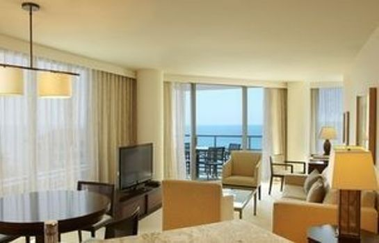 Info Jet Luxury @ The Trump Waikiki