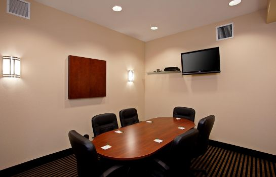 Conference room La Quinta Inn Ste Long Beach/Cypress