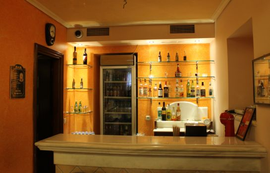 Bar de l'hôtel Exis Boutique