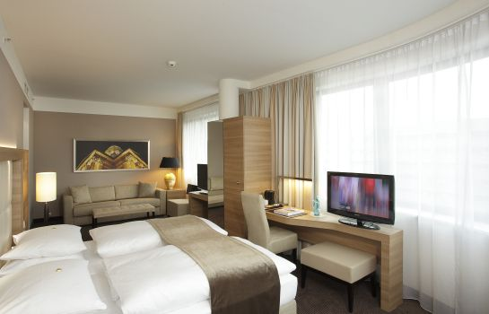 Junior suite H4 Hotel Berlin Alexanderplatz