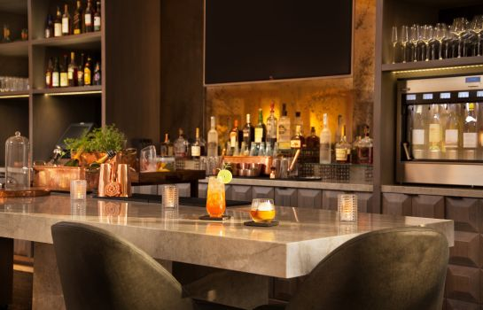 Bar del hotel Phoenician Residences a Luxury Collection Residence Club Scottsdale