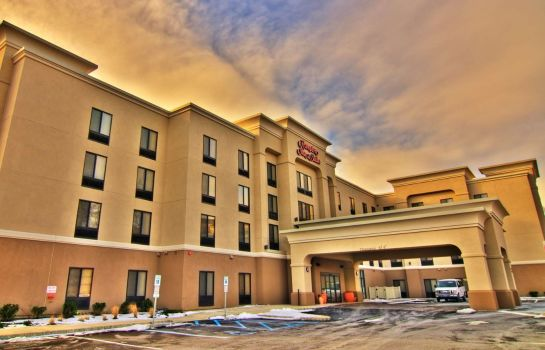 Buitenaanzicht Hampton Inn and Suites Parsippany-North