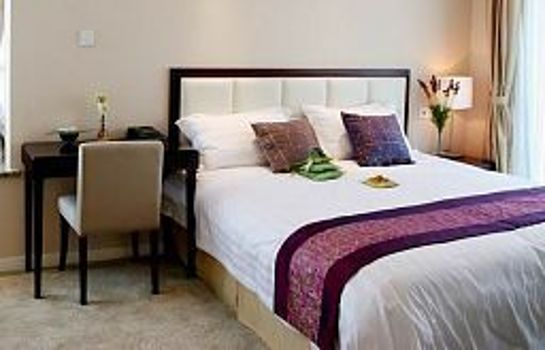 Suite REGALIA SERVICED RESIDENCE