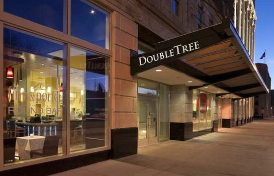 Vista exterior DoubleTree Suites by Hilton Detroit Downtown - Fort Shelby