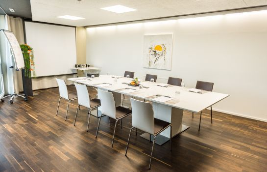 Meeting room HOTEL APART – Welcoming I Urban Feel I Design