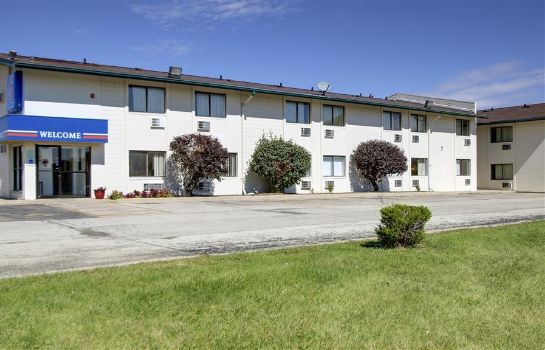 Buitenaanzicht MOTEL 6 NORMAL BLOOMINGTON AREA