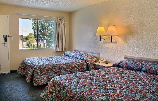 Zimmer MOTEL 6 BAKERSFIELD CONVENTION CENT