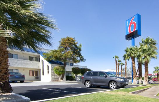 Exterior view MOTEL 6 PALM SPRINGS NORTH