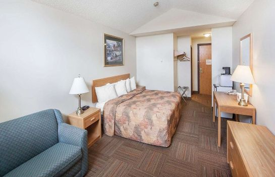 Kamers Econo Lodge & Suites