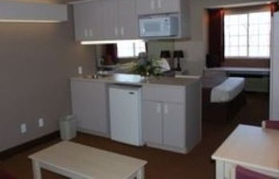 Suite PATTIS INN AND SUIT