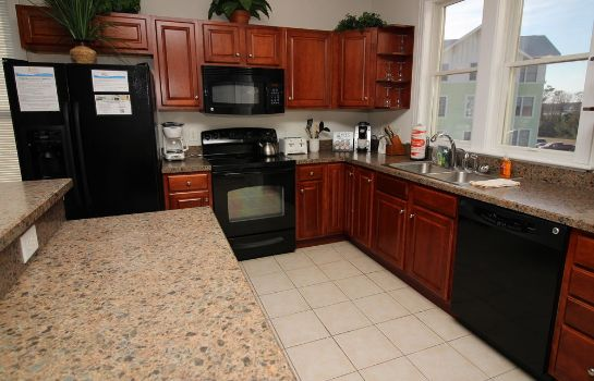 Keuken in de kamer Hamilton Cay at Bermuda Bay by Kees Vacations