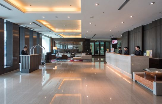 Hall Taipung Suites