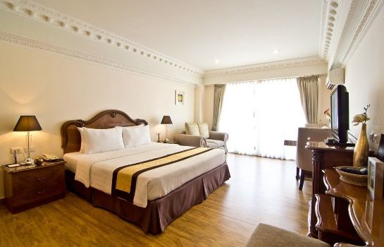 chambre standard LK Royal Suite Pattaya