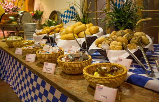 Breakfast buffet Resort Hotel Bispingen