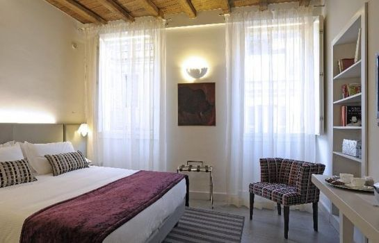 Double room (standard) Trevi Palace Luxury Apartments