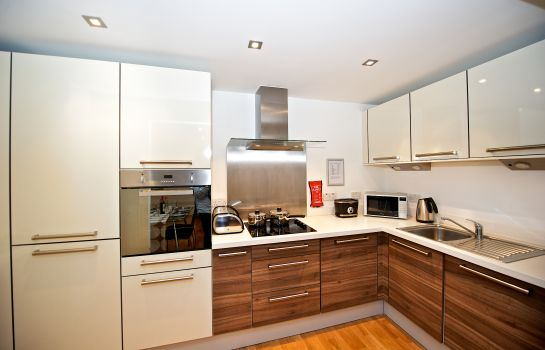 Kitchen in room Staycity Serviced Apartments Edinburgh – West End