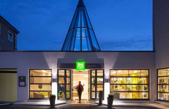 Exterior view ibis Styles Beaune Centre