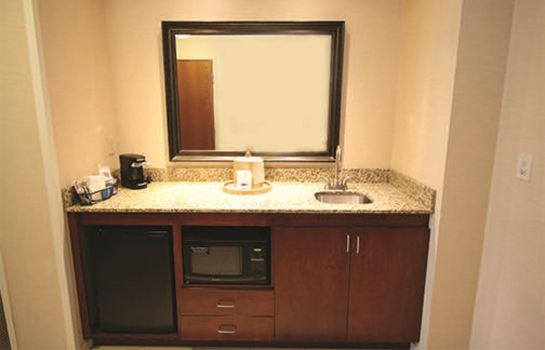 Suite Hampton Inn Detroit-Auburn Hills-Nrth-Great Lks Crossing- MI
