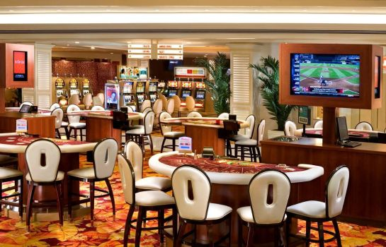 Hotel-Bar Tropicana Las Vegas a DoubleTree by Hilton Hotel and Resort