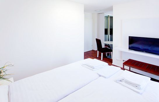 Double room (standard) Suite Apartments by LivingDownTown