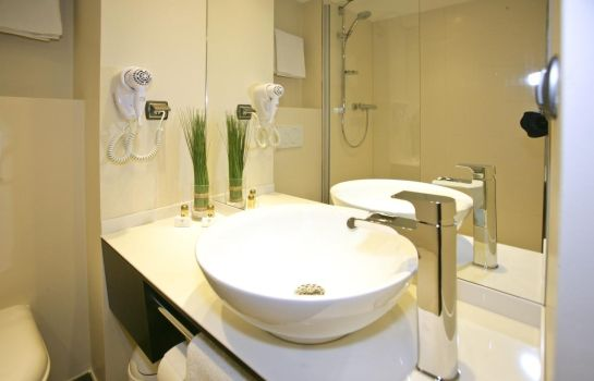 Bathroom Zi Hotel & Lounge