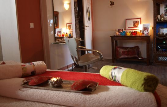 Massageraum Wellness- Villa- Miramar