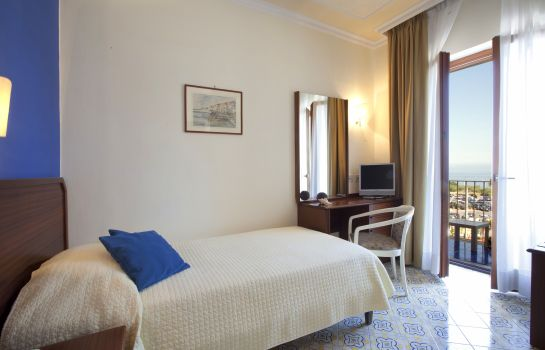 Single room (standard) Tirrenia