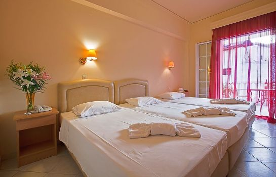 Triple room Hotel Epidavria