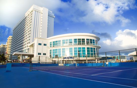 Campo de tennis Design Suites Miami Beach