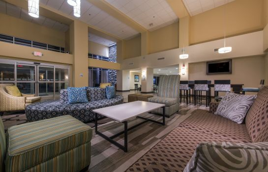 Hotelhalle Holiday Inn Express & Suites COLORADO SPRINGS CENTRAL