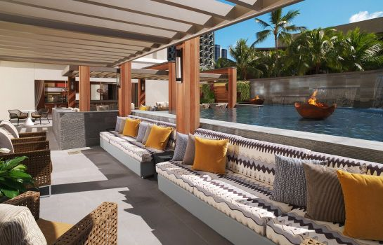 Info Hokulani Waikiki by Hilton Grand Vacations