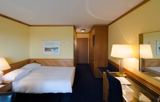 Double room (superior) STAY@Zurich Airport