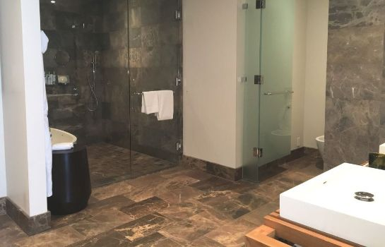 Bagno in camera Andaz Maui at Wailea Resort - a concept by Hyatt