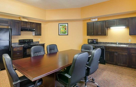 Suite Comfort Inn & Suites Orange - Montpelier