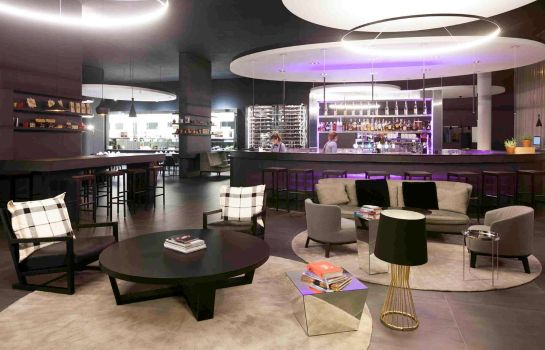 Hotel bar Novotel Basel City