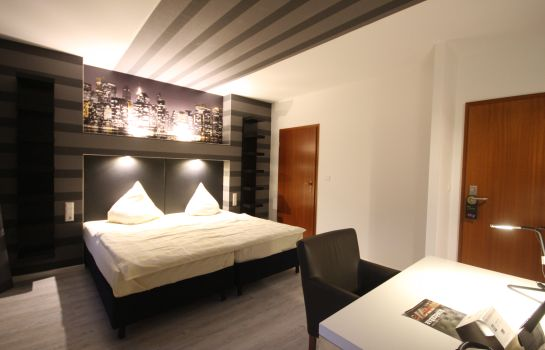 Double room (standard) SL'otel Budget