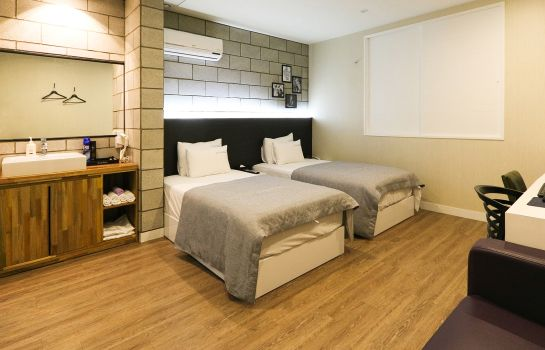 Double room (standard) Home Hotel Pusan