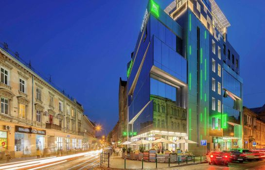 Vista esterna ibis Styles Lviv Center