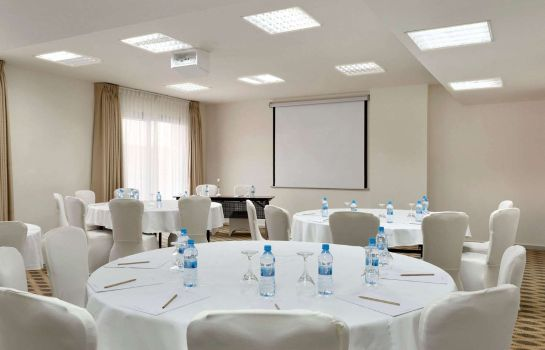 Conference room Ramada Resort Dead Sea